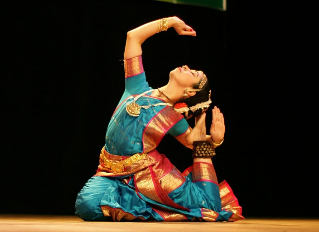 analuiza-torres-a-queen-of-kuchipudi-dance-humble4