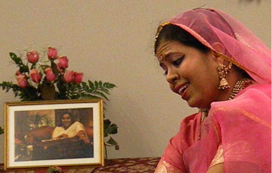 who-is-shri-mataji-anandita-canada-20091