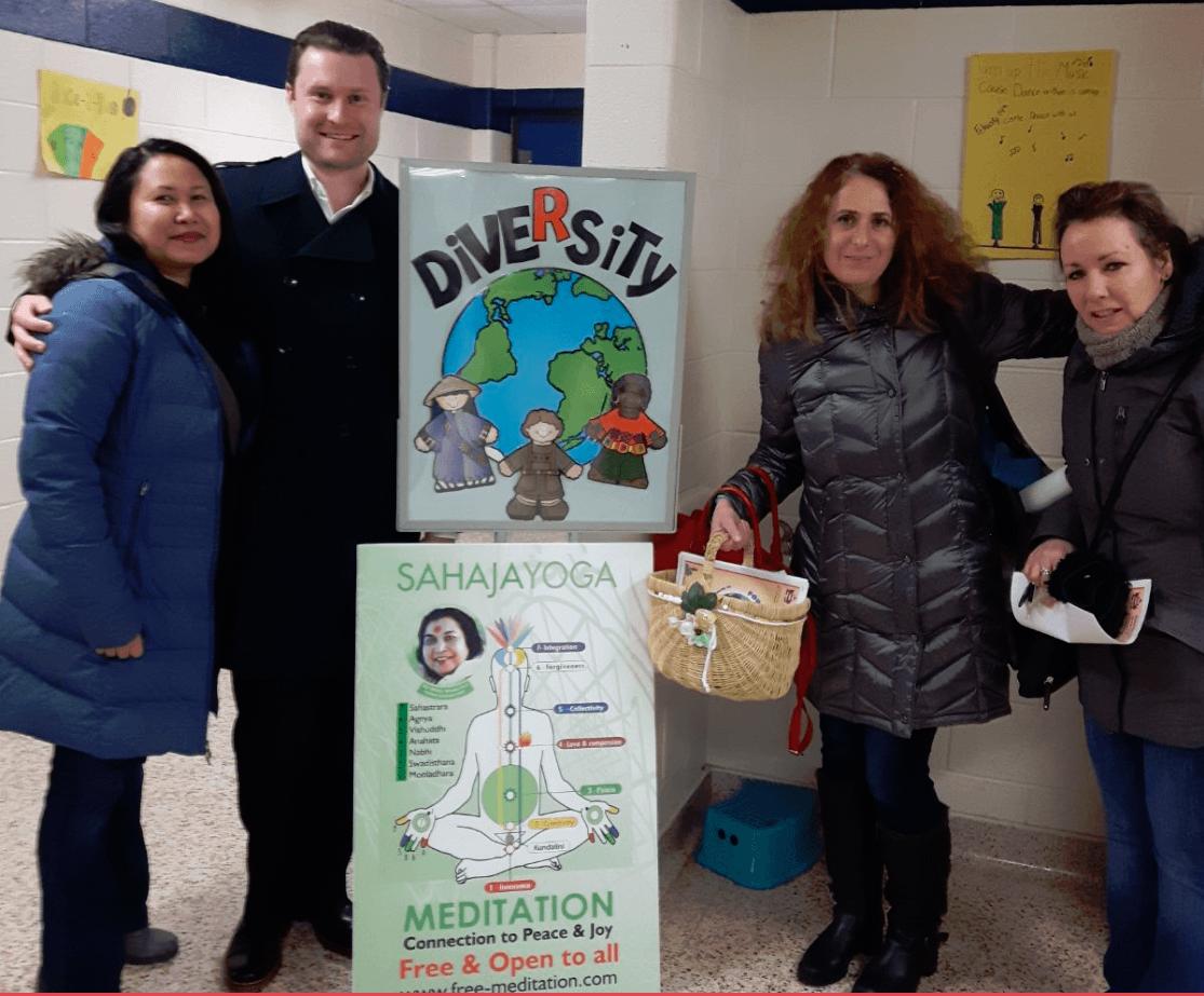 Students, Teachers and Parents Enjoy Sahaja Yoga Meditation @ Diversity Night (photos and impressions)