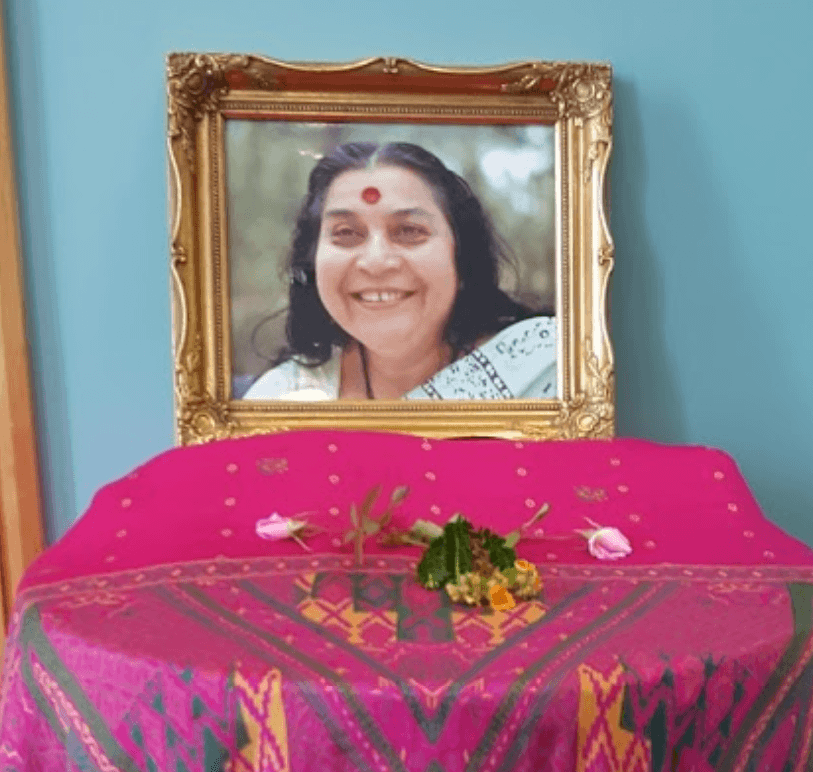 Jayanthi's Crown (Sahasrara) Chakra Miracle with Guru's Photo