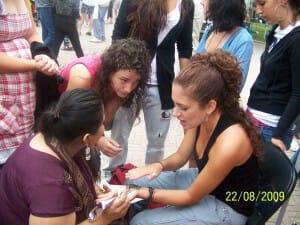 coool-mehndi in Oakville plaza - with free Sahaja Yoga meditation