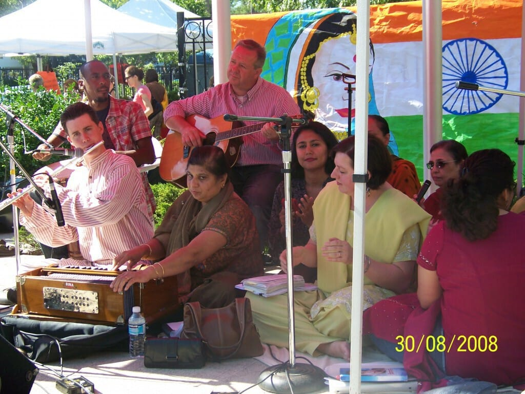 experience-india-oakville-chello-sahaj-band-in-2008