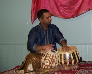 ahilan-playing-tabla-in-oakville-concert