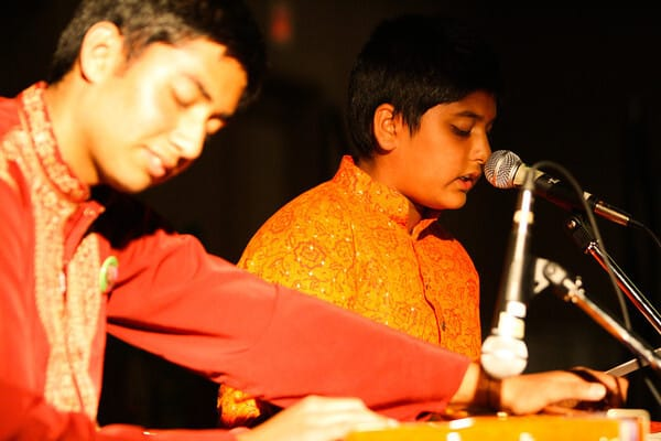 Singing from the Heart  Rishi and Krishn from Ontario - photo by Omar