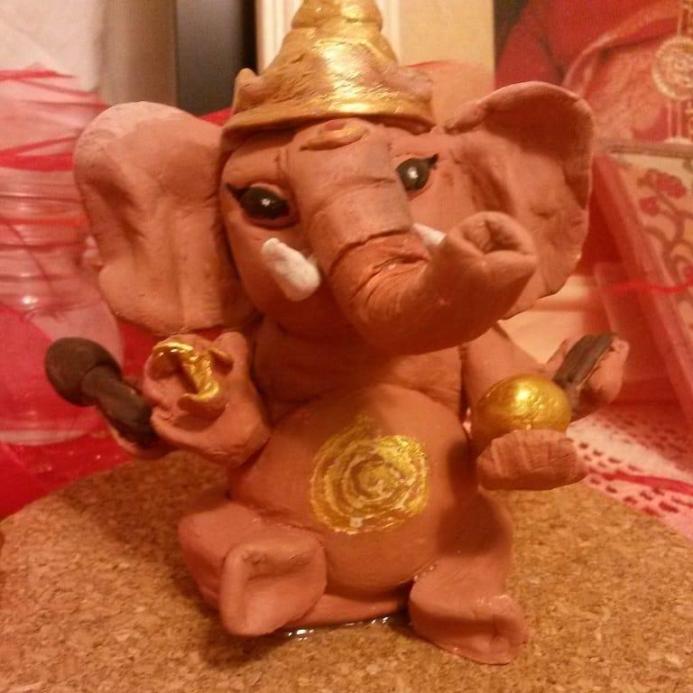 Floriana - Shri Ganesgha gift to Yogis from USA - CANAJOHARIE Shri Ganesha Puja 2014
