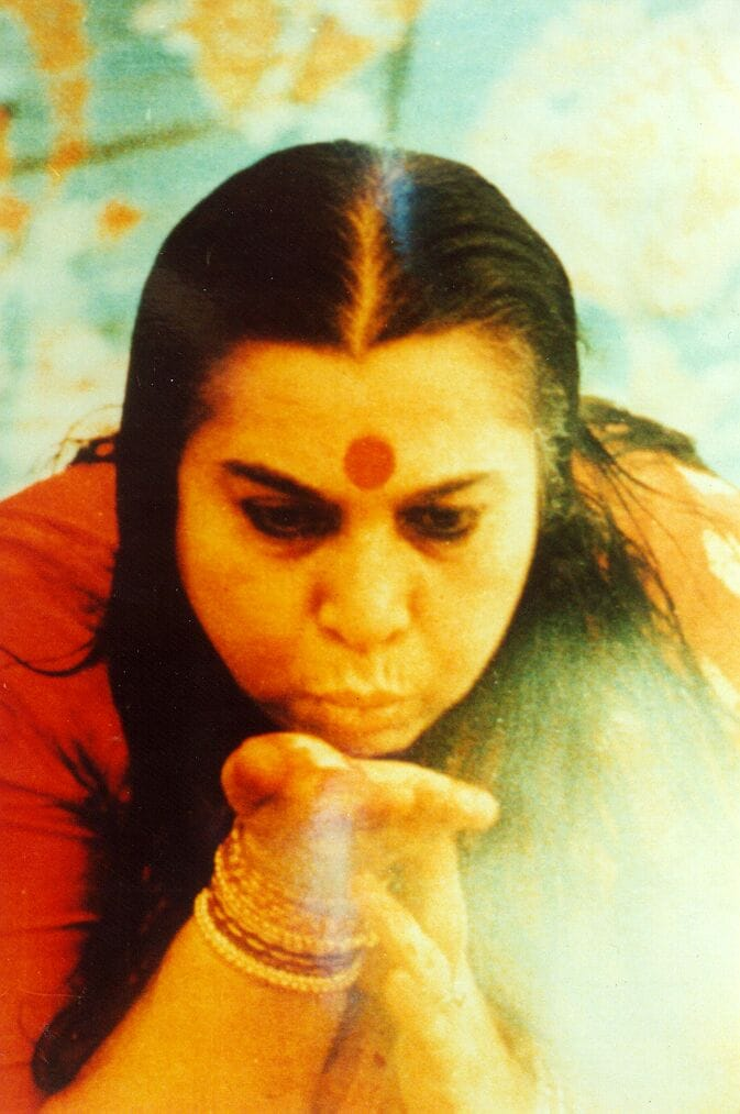 Shri Mataji - The Wind of Change Blowing