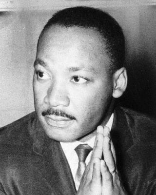 king-martin-luther-photo-xl-martin-luther-king-6220407_1178784578